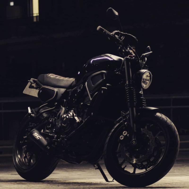 Rad view! ⚡ #yamaha #xsr700 #fastersons @fastersonsfans #custommade #caferacer #scrambler #tracker #motorcyclesofinstagram #asphaltandgravel #caferacerbarcelona #caferacerofinstagram